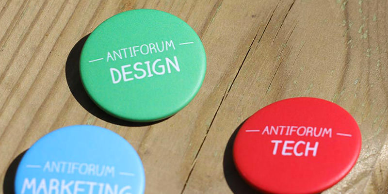 Antiforum badges majeures