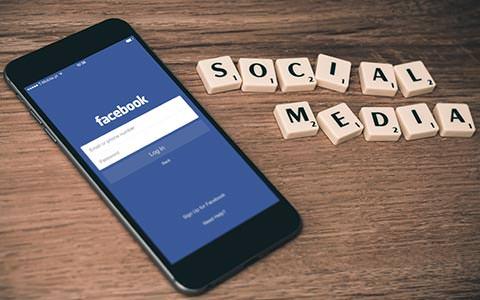 Métier webmarketing et communication web : Social Media Manager